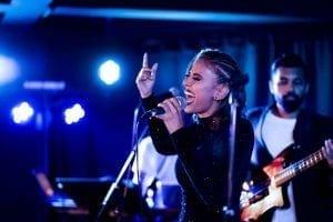 Rnb Singer Evelyn Feroza